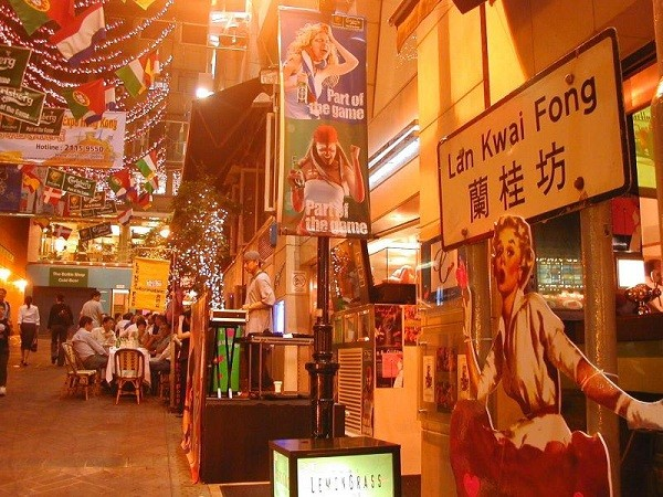 Khám phá Lan Quế Phường khu phố nổi tiếng ở Hong Kong
