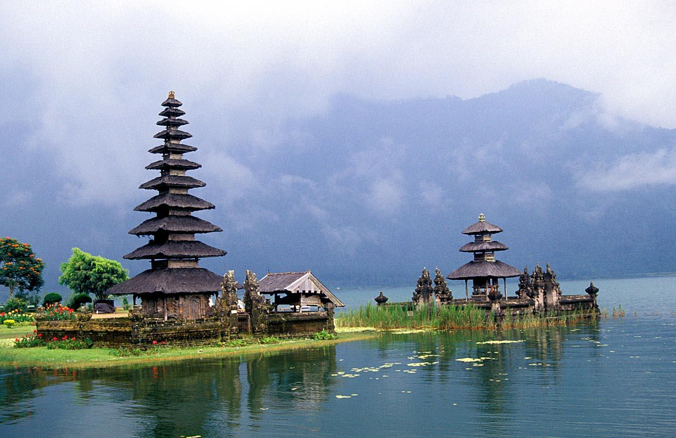Vé máy bay Hồ Chí Minh đi Bali bao nhiêu tiền