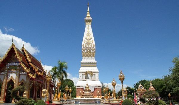 Phra That Phanom ngọn tháp linh thiêng