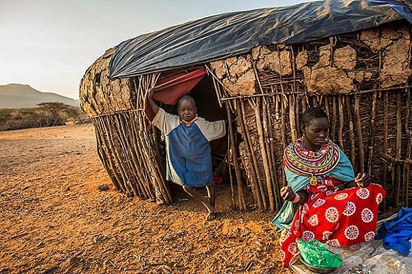 Khám phá Kenya trên lưng lạc đà