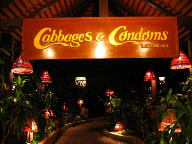 Ghé thăm nhà hàng bao cao su độc đáo ở Thái