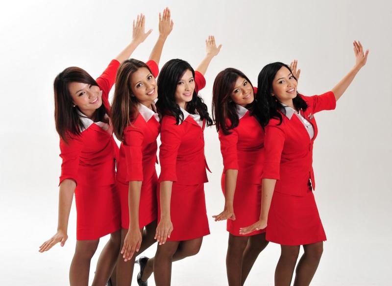 air-asia-cabin-crew-Bali1