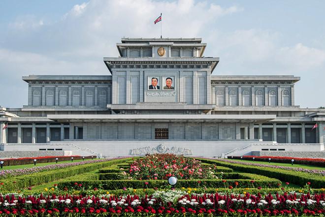 Đến với quốc gia bí ẩn- Triều Tiên bạn cần làm gì