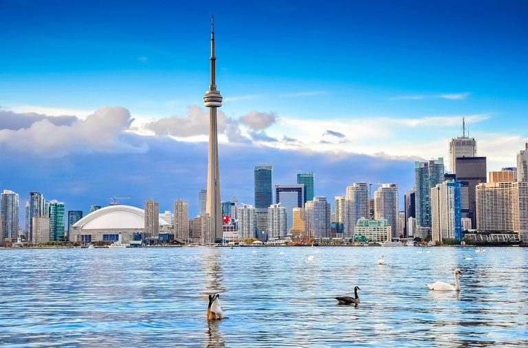 Những điểm đến siêu đẹp hút khách ở Canada