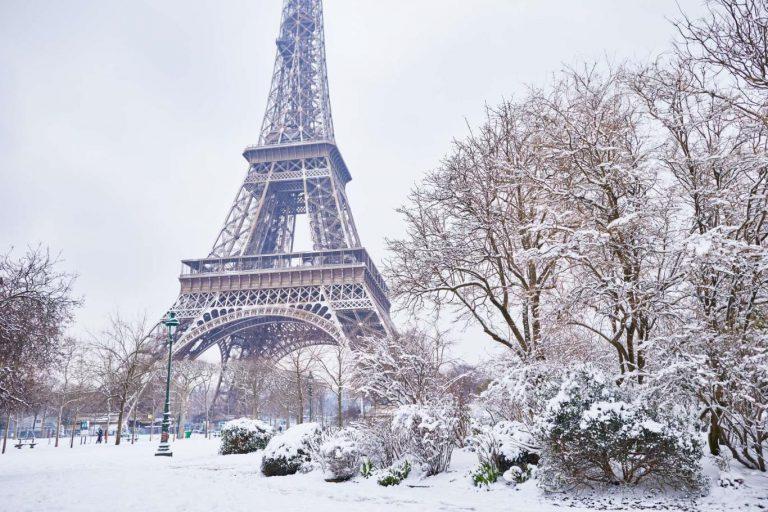 Chiêm ngưỡng vẻ đẹp tuyết phủ trắng xóa khắp nơi ở Châu Âu