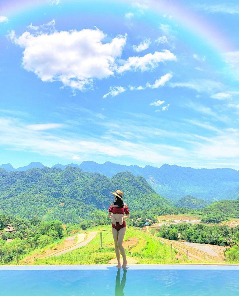 Khám phá các resort có hồ bơi view rừng núi nổi tiếng hút khách