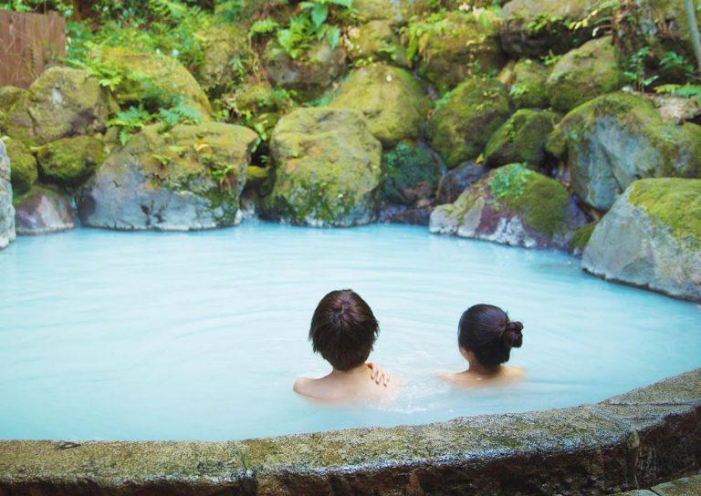 Trước khi đến Nhật Bản tìm hiểu ngay các bước tắm onsen