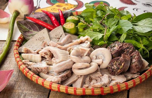 Khám phá các món ăn từ nội tạng động vật ở trong nước