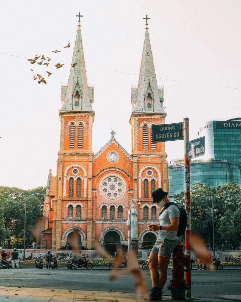 Gợi ý các nhà thờ trăm tuổi nổi tiếng hút khách ở TPHCM